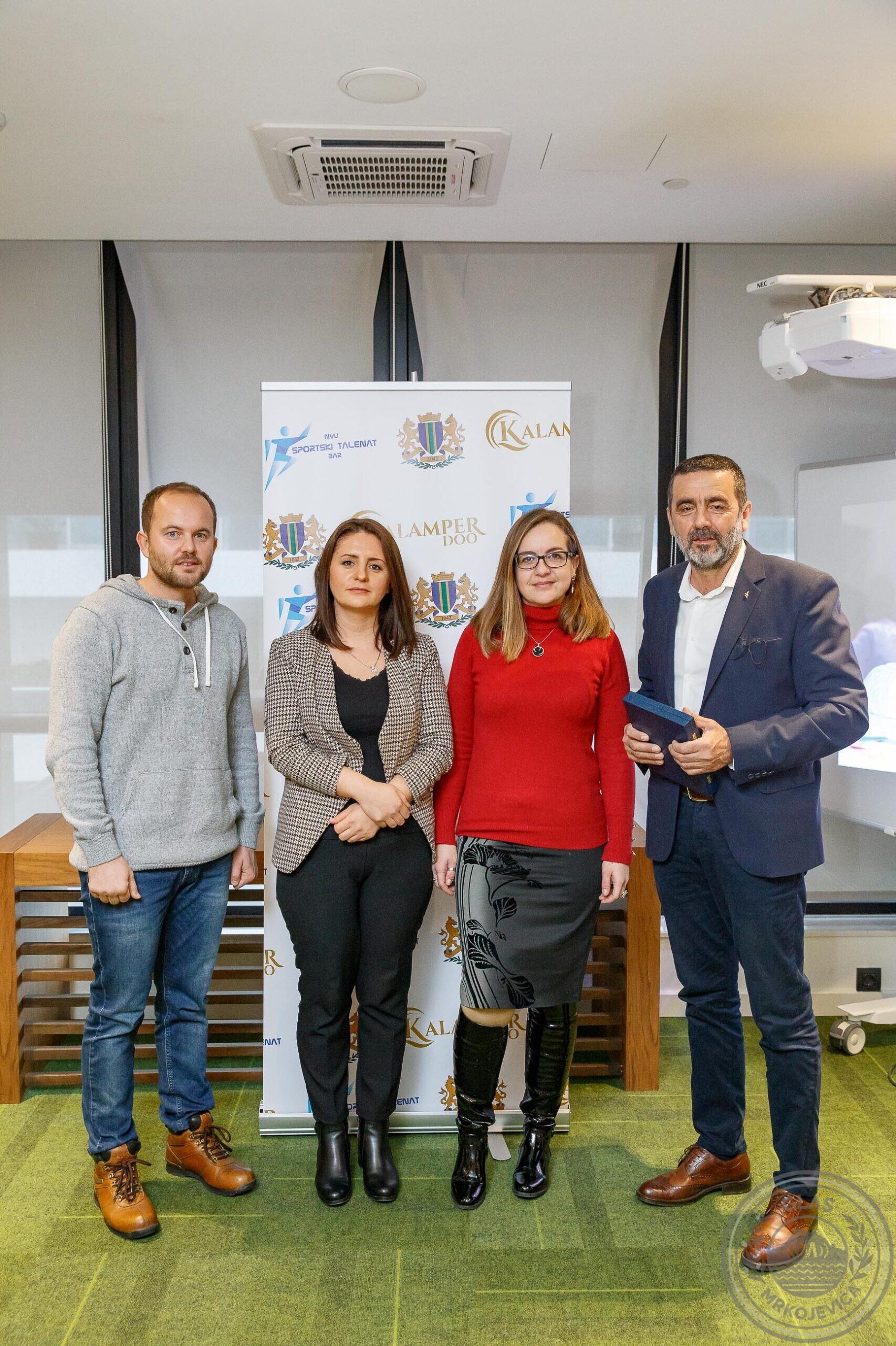 U Mrkojevića završena radionica stranih jezika, nagrađeni uspješni sportisti!